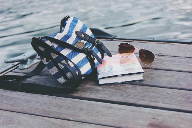 #CurriculumDelLettore: i lettori di luglio (immagine via Pixabay)